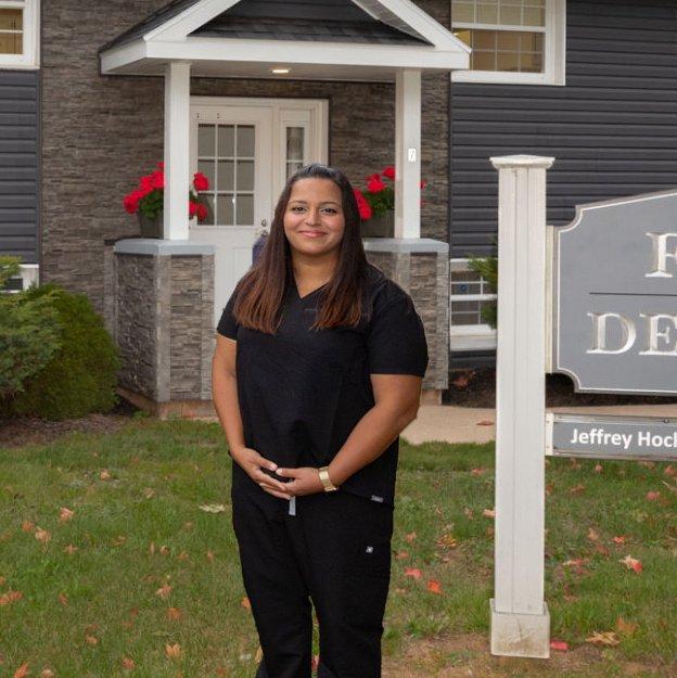hockley dentistry - dr. reem rostom
